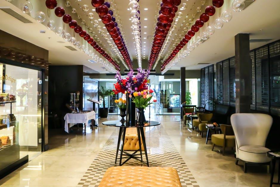 Sura Hotel 4