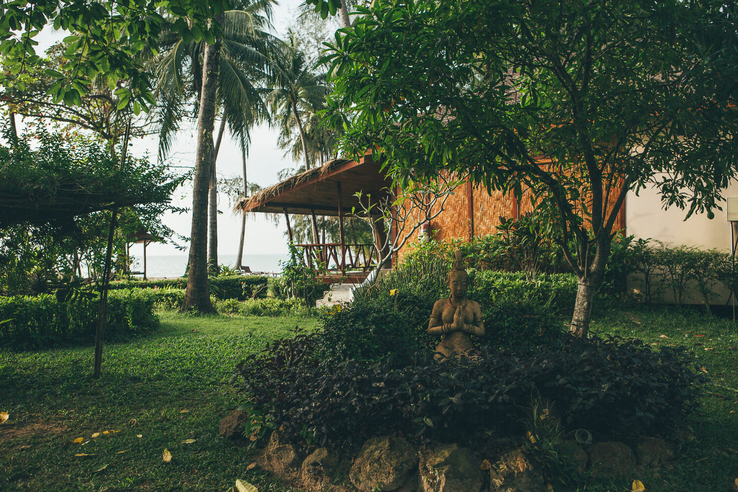Lipa Lodge Resort – Serene Oasis in Koh Samui