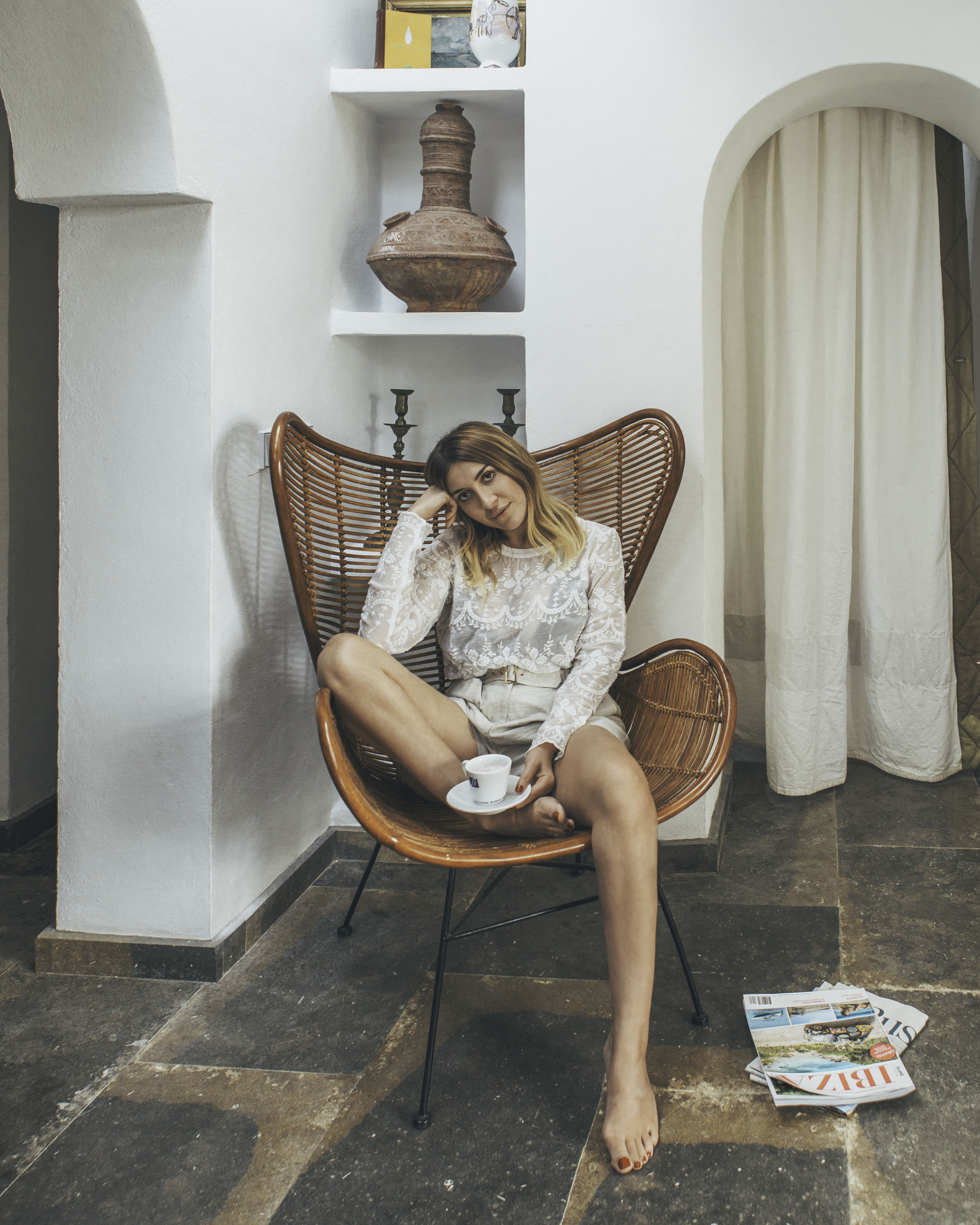 Harissa Villa lounge