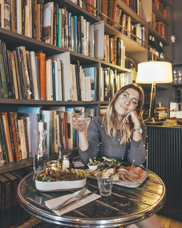 Used Book Cafe Paris