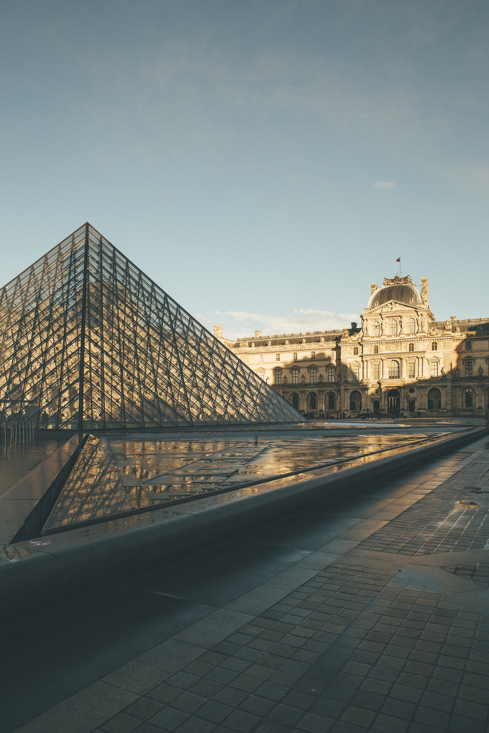 Sunset Louvre Paris
