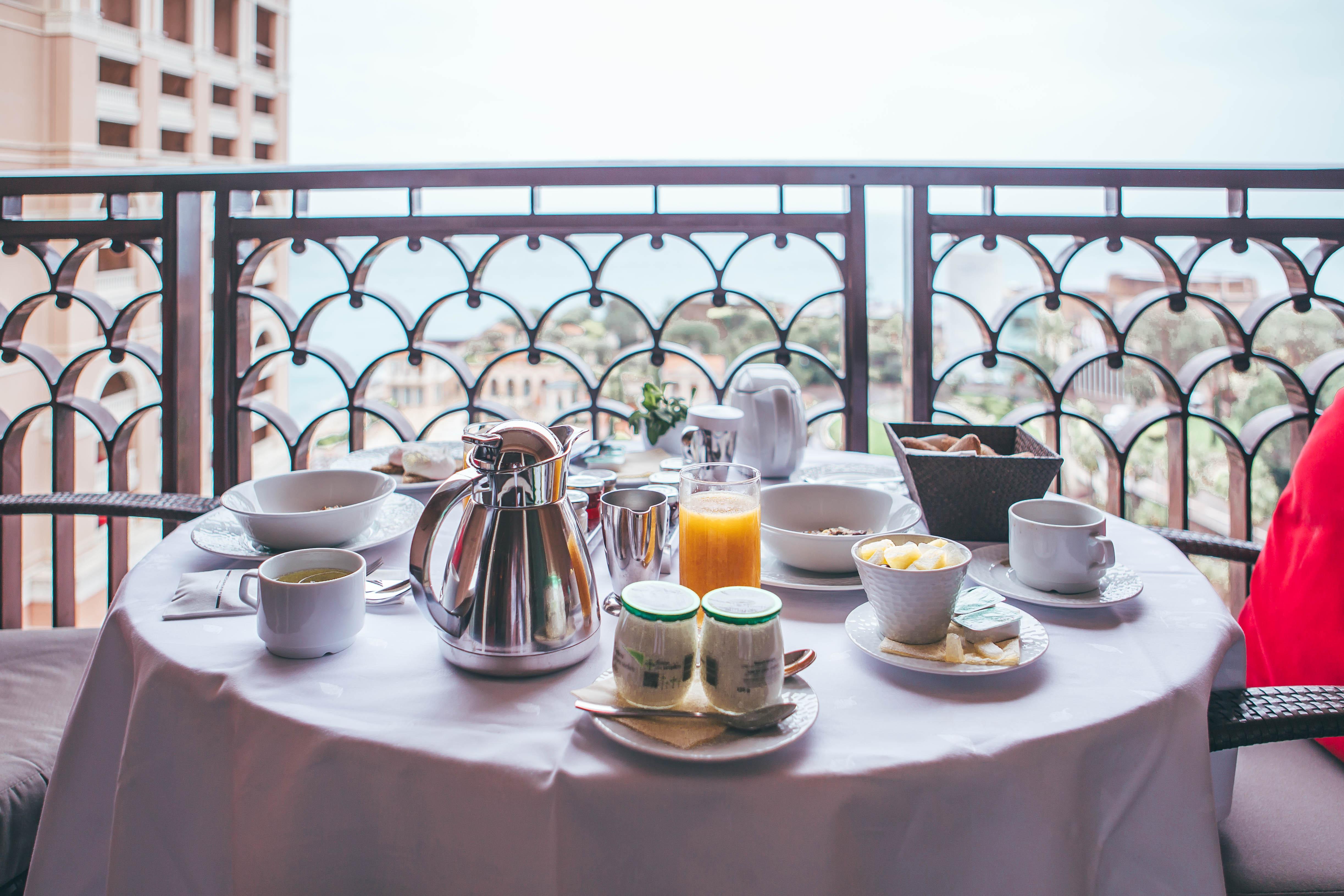Monte Carlo Bay Deluxe room service
