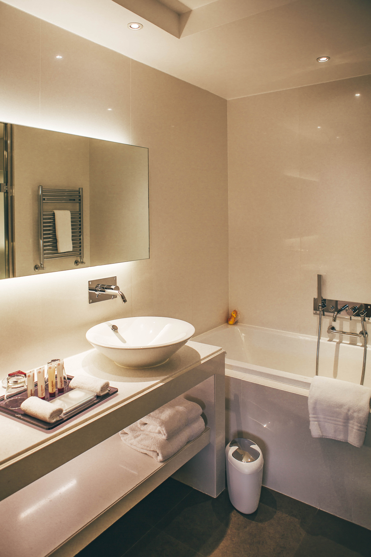 Monte Carlo Bay Deluxe room