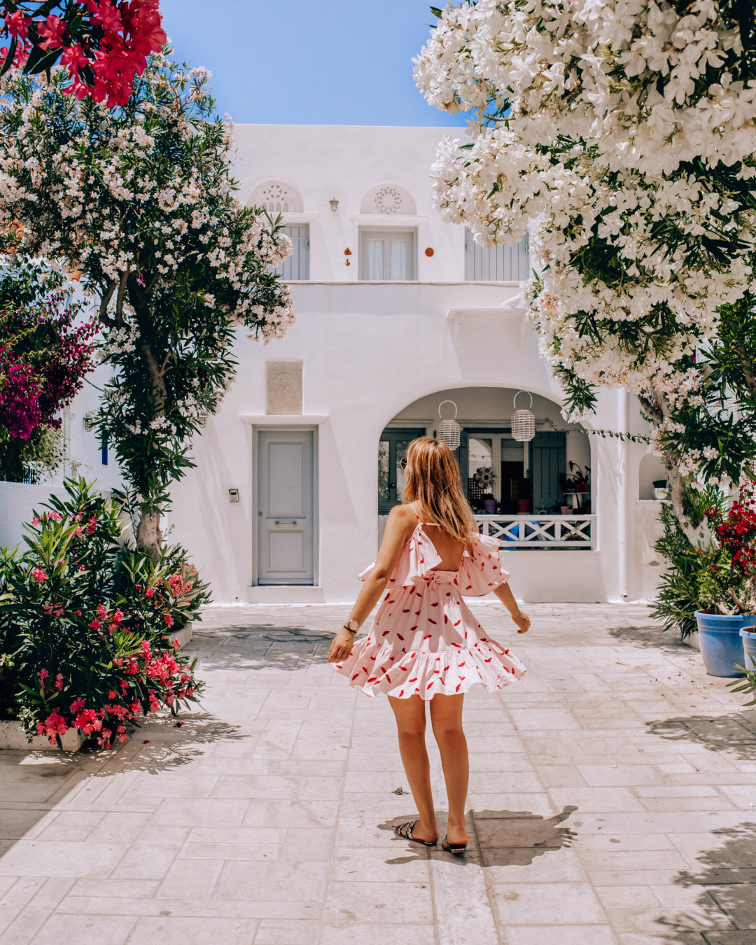 solo travel Greece