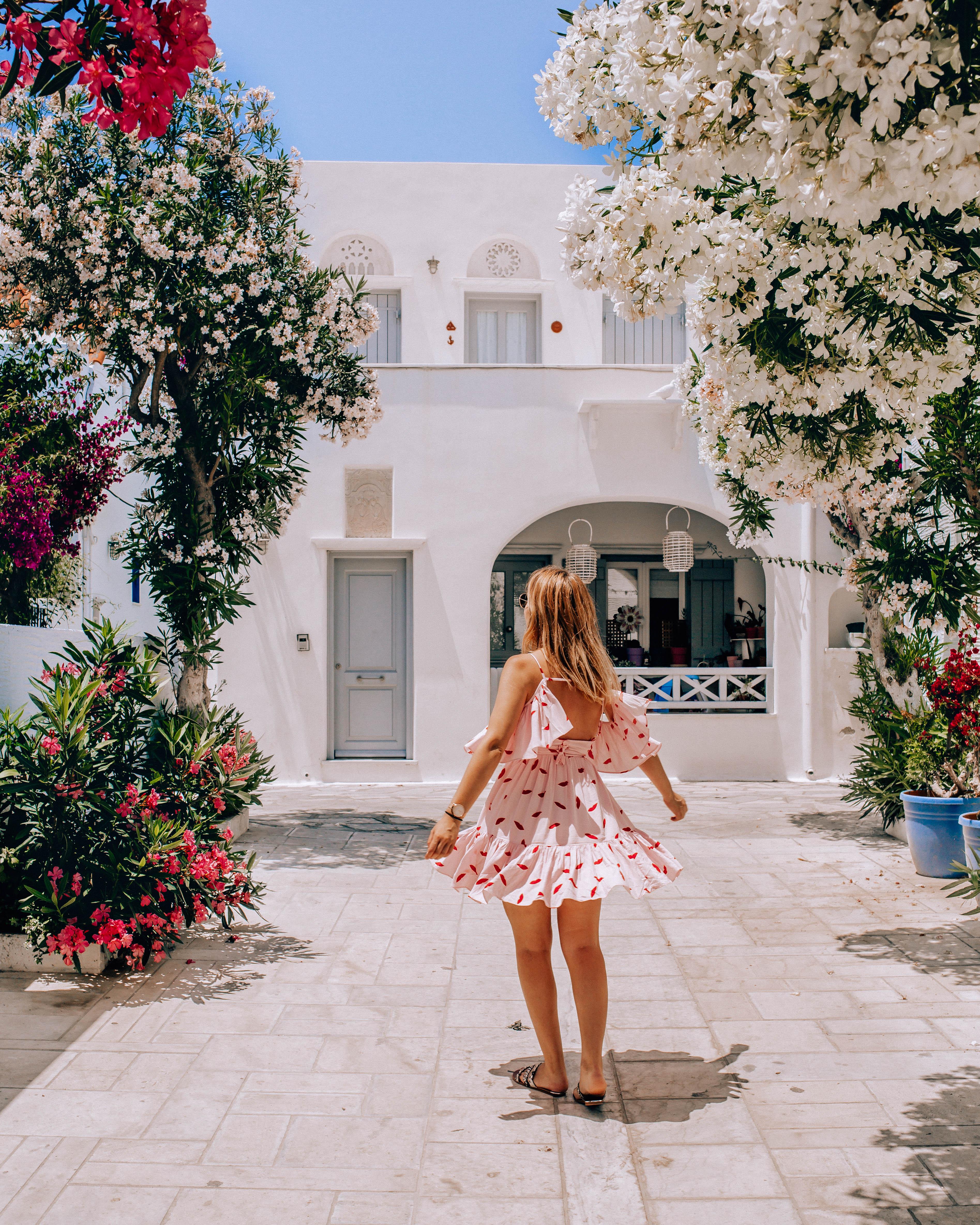 solo travel Greece