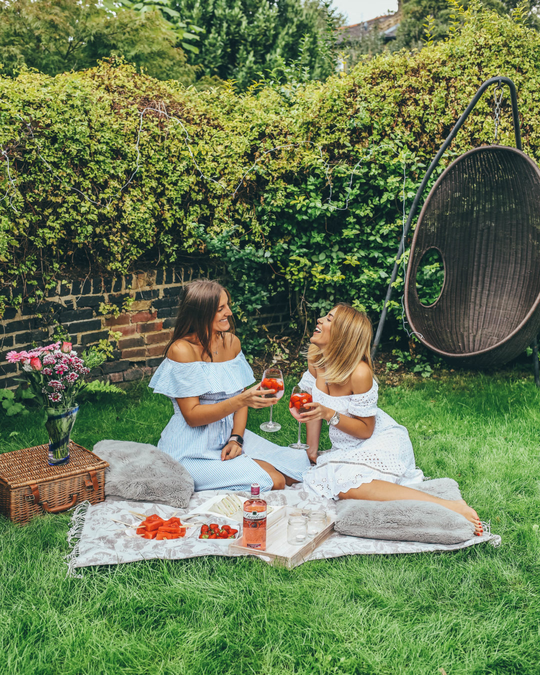 A very British welcome home party with Gordon's Pink Spritz