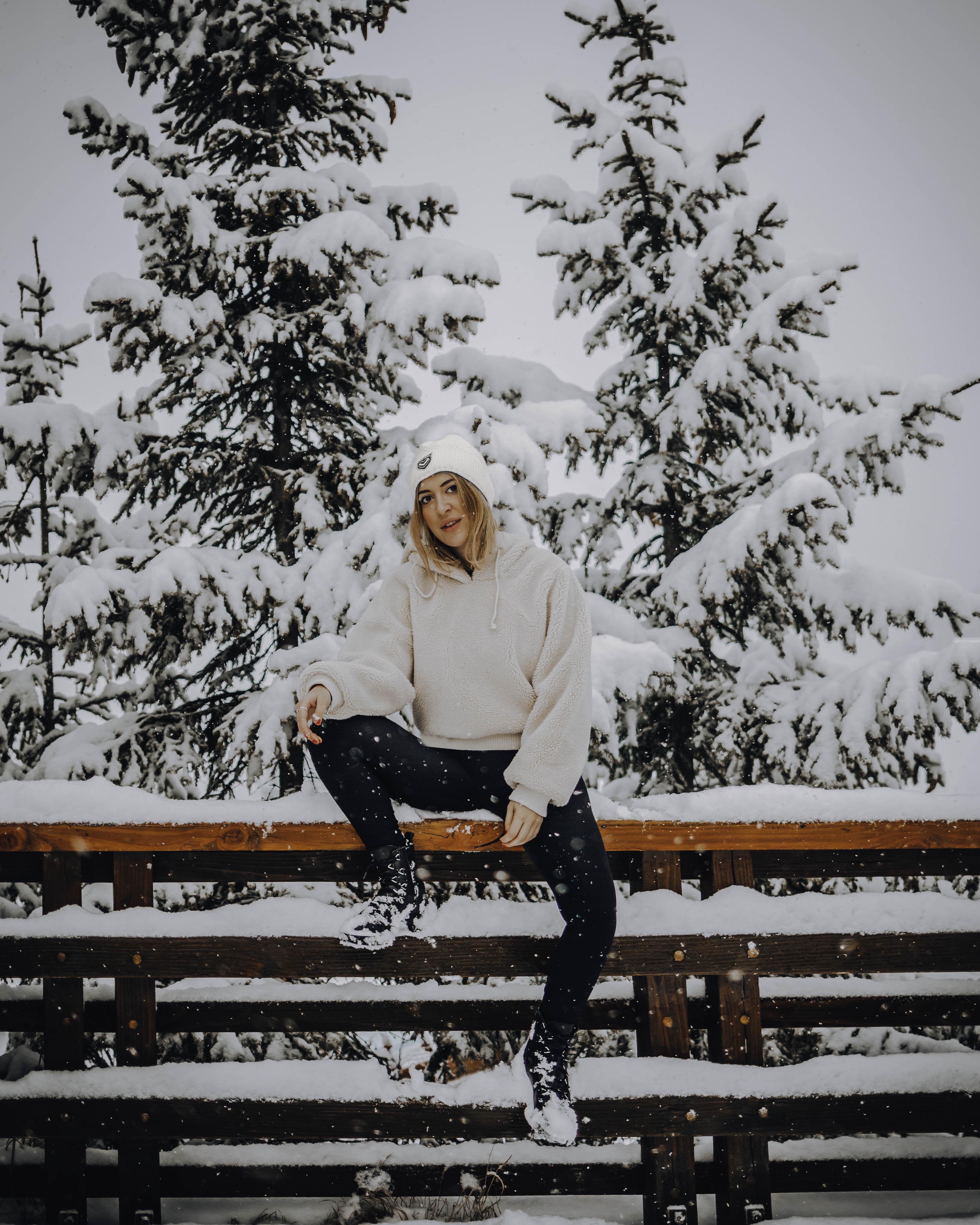Learn to ski as an adult in Meribel