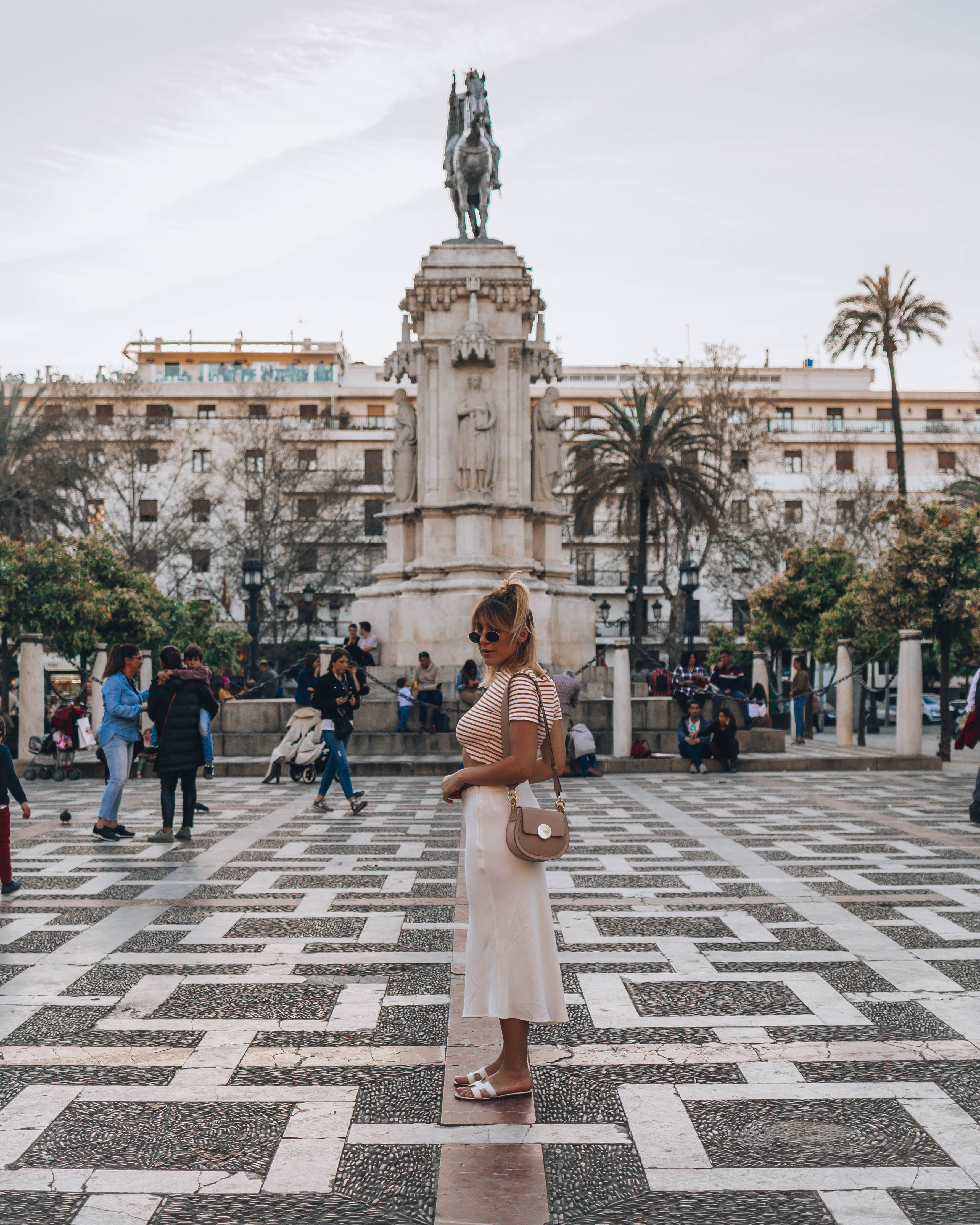 the best places in Seville to visit as first timer - plaza nueva