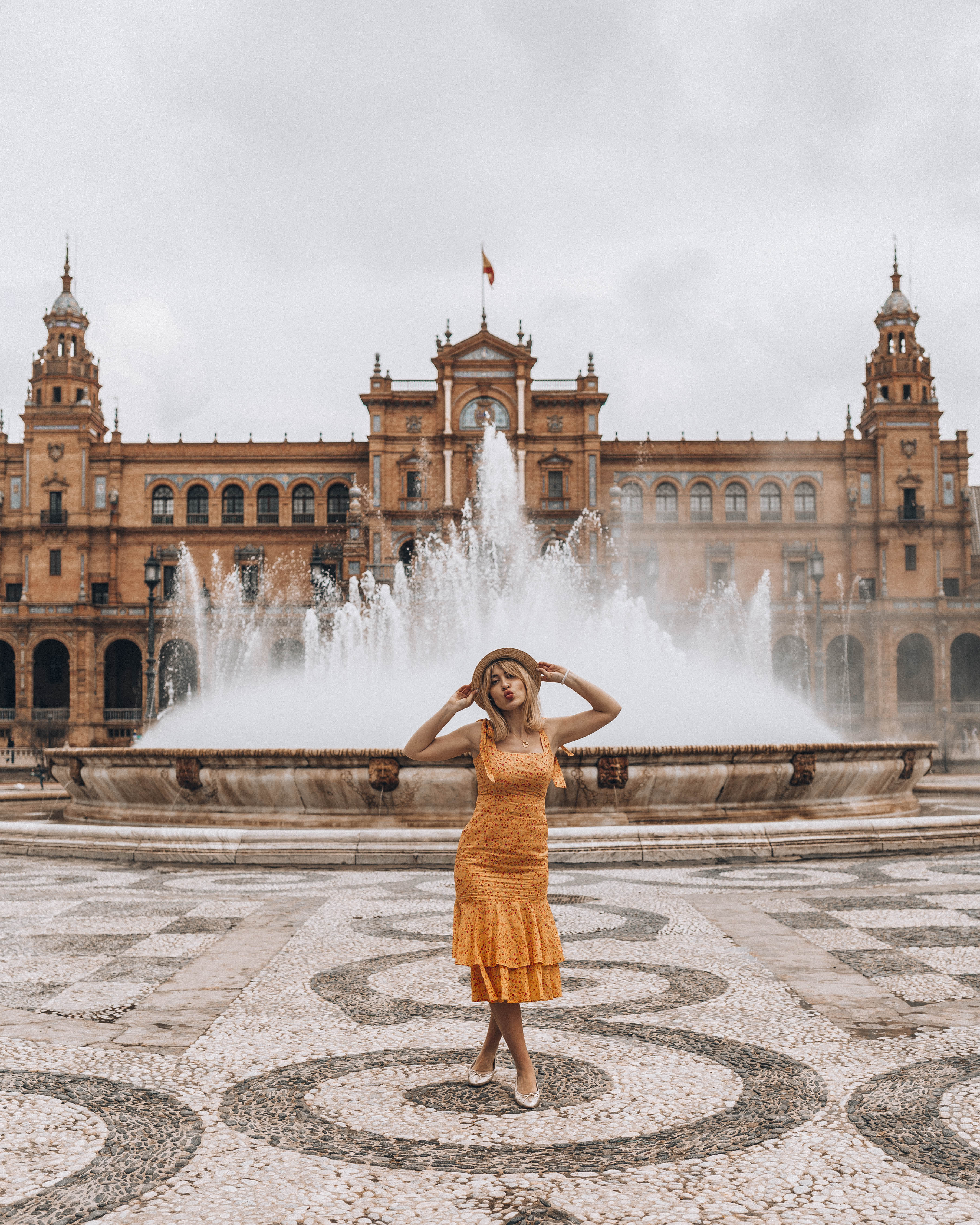 the best places in Seville to visit as first timer - plaza espana