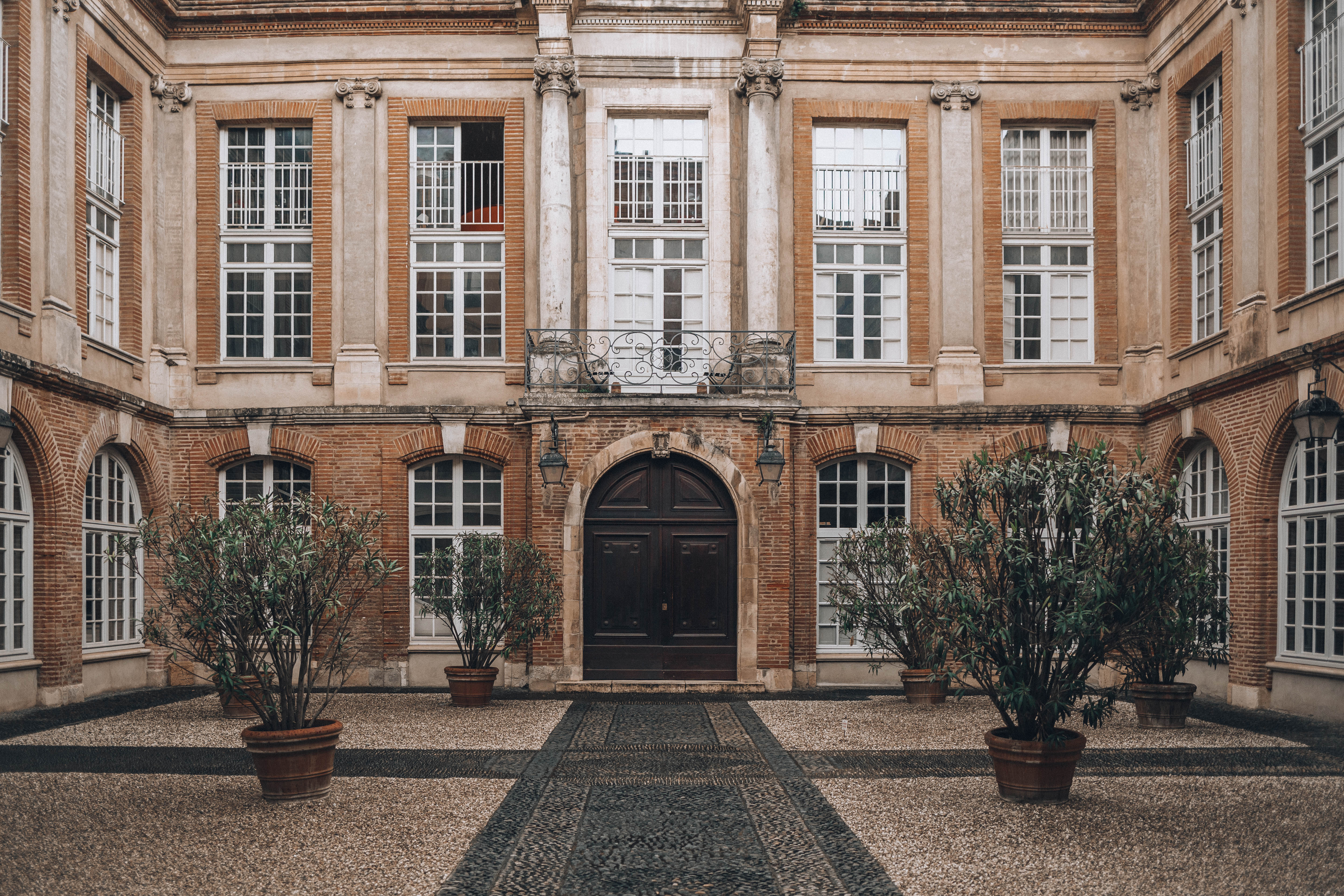 Courtyards and Doors of Toulouse