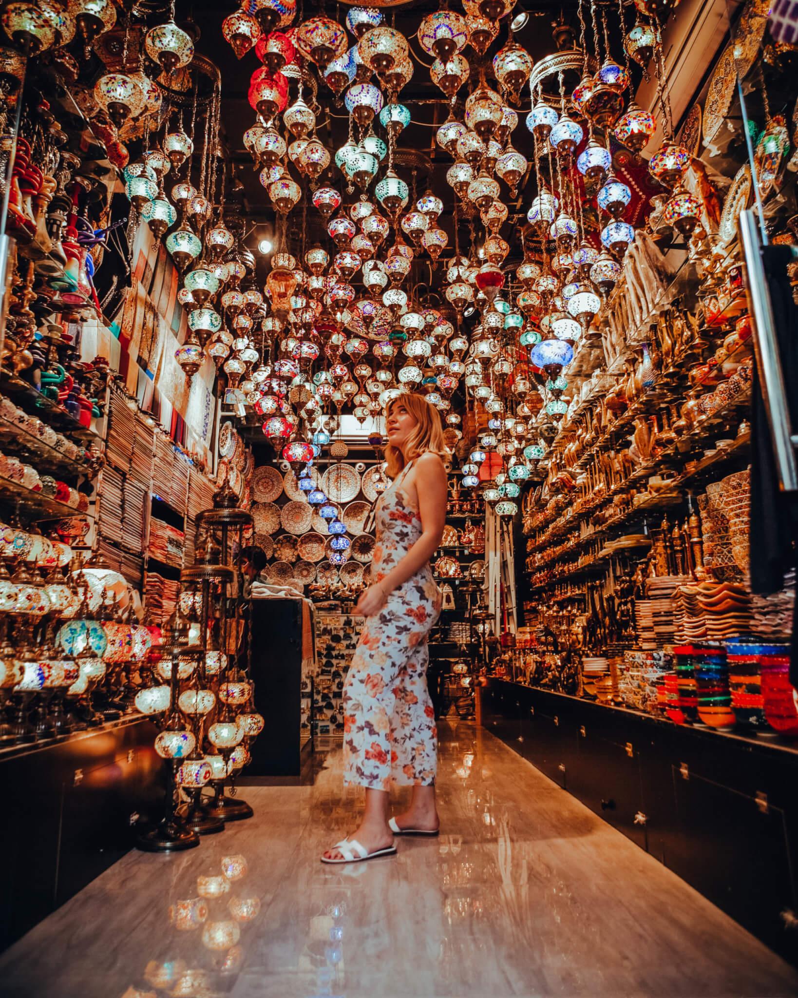 5 best things to do in Dubai 2020 - Dubai Souks